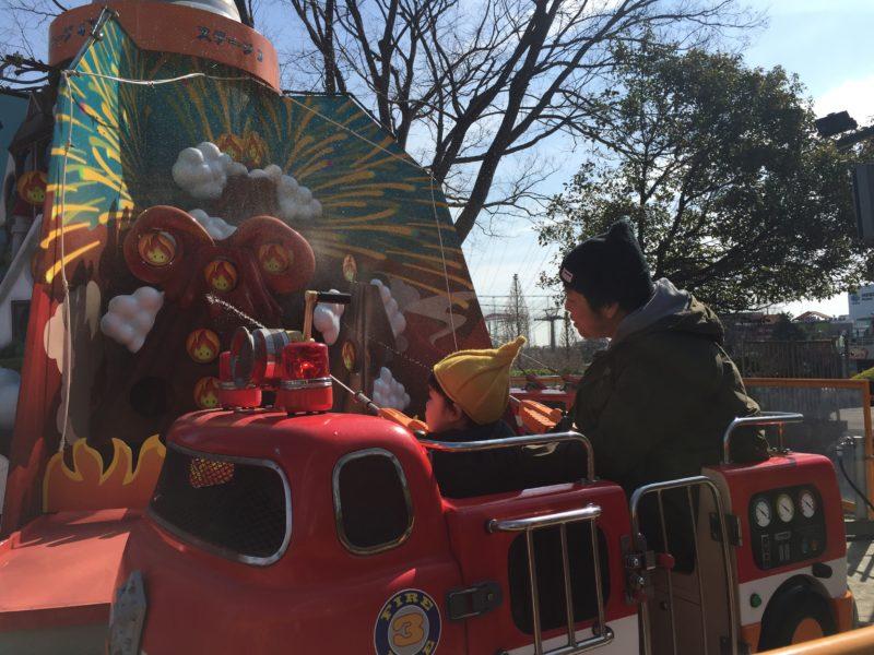 よみうりランドの消防車