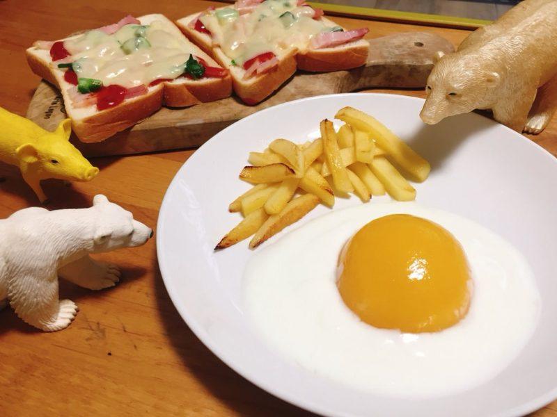 エイプリルフールは桃缶とヨーグルトの卵焼きとりんごのポテトフライ