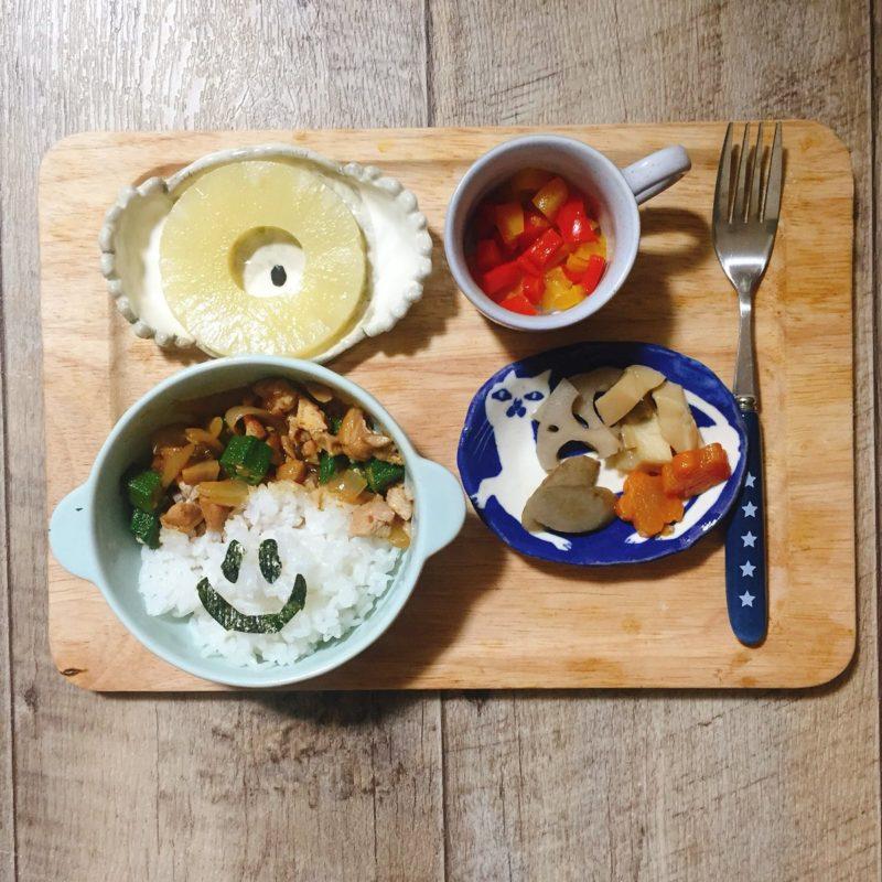 鶏肉とオクラ炒めの子供ご飯