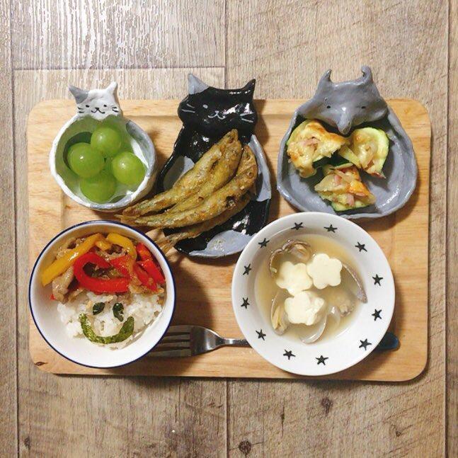 オーブン粘土で作った食器や箸置きの例