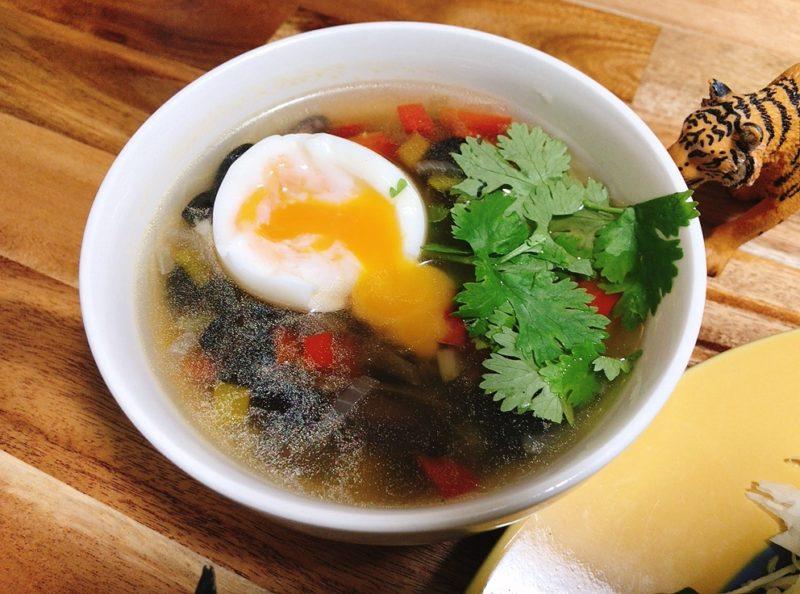 コスタリカのスープ【ソパネグラ】
