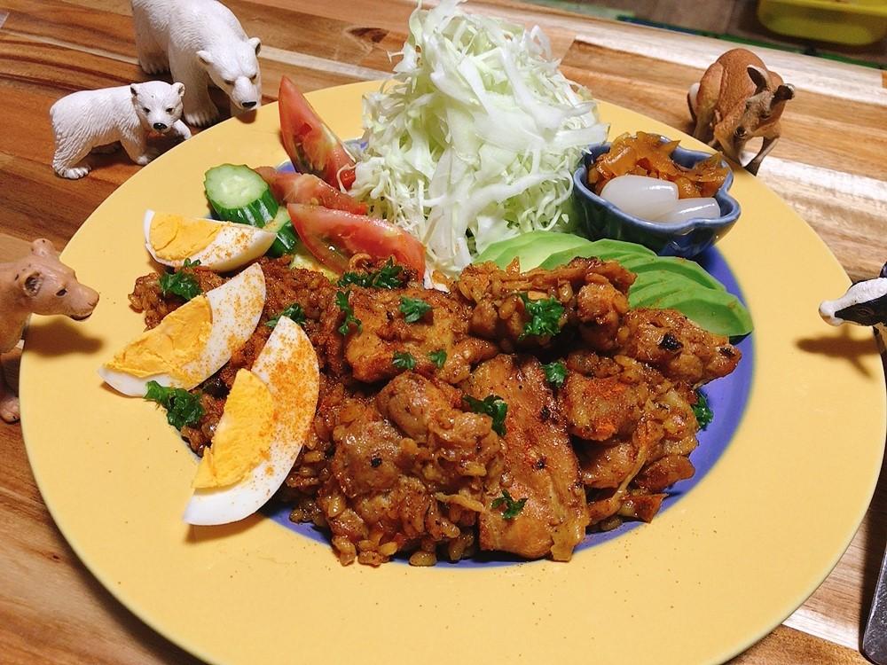 【世界の料理】パキスタン料理風のレシピと献立│フライパンで炊くチキンピラフ