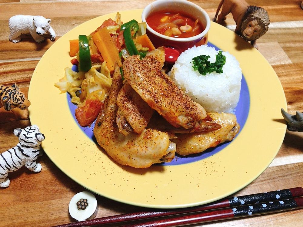【世界の料理】マラウイ料理風のレシピと献立│ペリペリチキンとカレー風味の野菜炒め