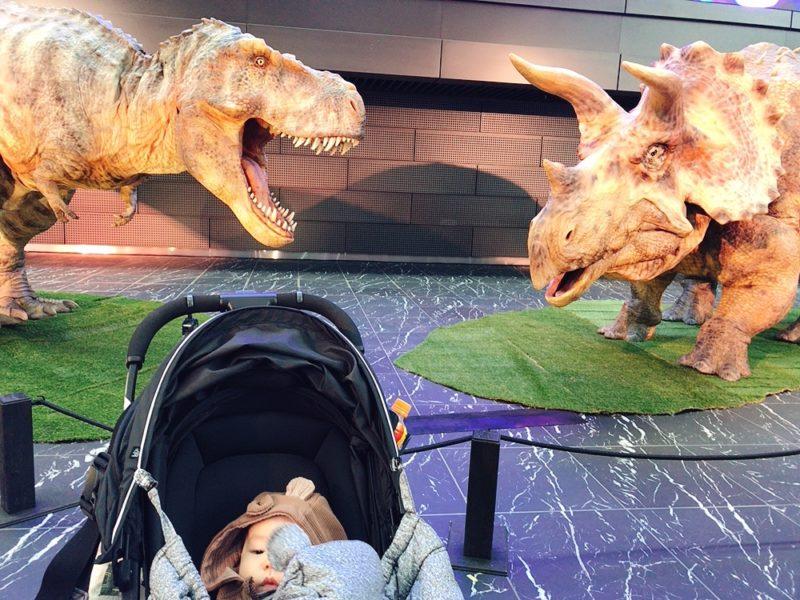 新宿住友ビル「恐竜たち展」
