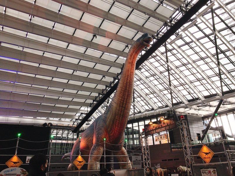 実物大の巨大恐竜
